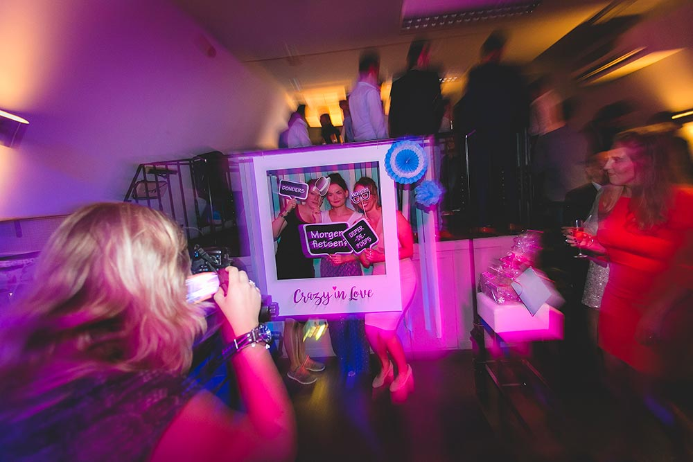 Bruiloftstyling Victor & Lisanne Persoonlijke Photo Booth Crazy in Love