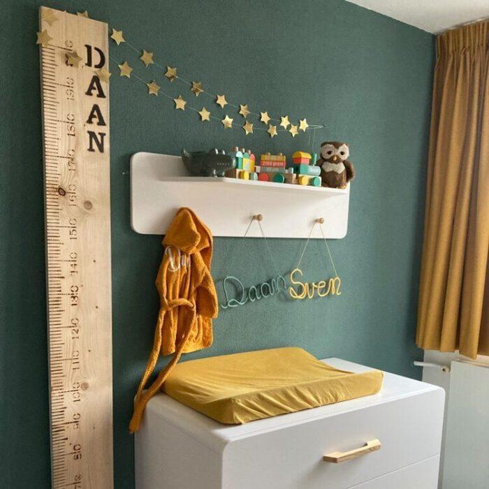 houten meetlat groeimeter Liefslabel Daan Sven sterrenkindje in herinnering liefslabel